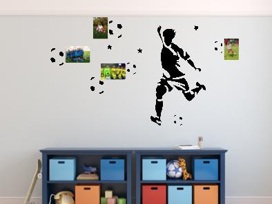 Samolepka na zeď - Fotbalista s fotorámečky